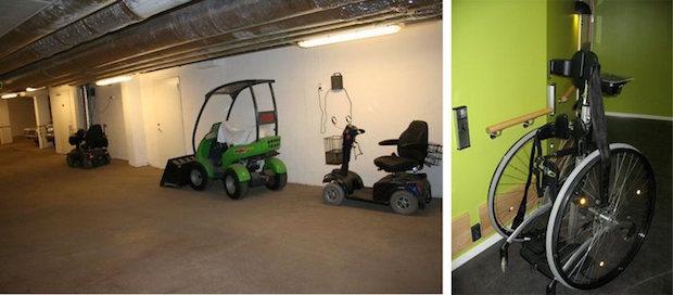 Fig. 12 Oppstillingsplass for rullestol og barnevogner. Legg merke til ladeuttak. Foto: Tone Rønnevig